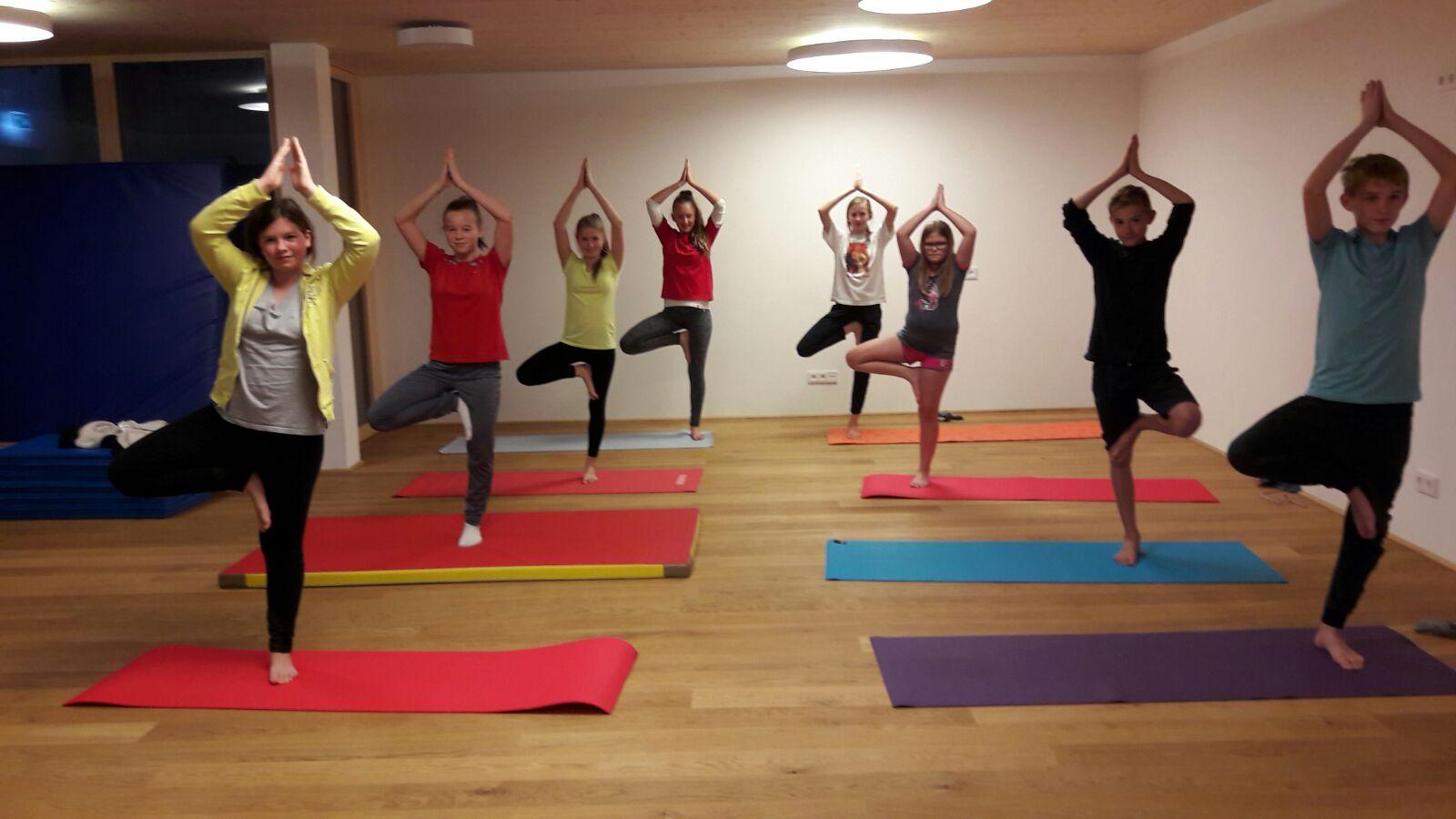 Sanftes Yoga zum Wochenausklang